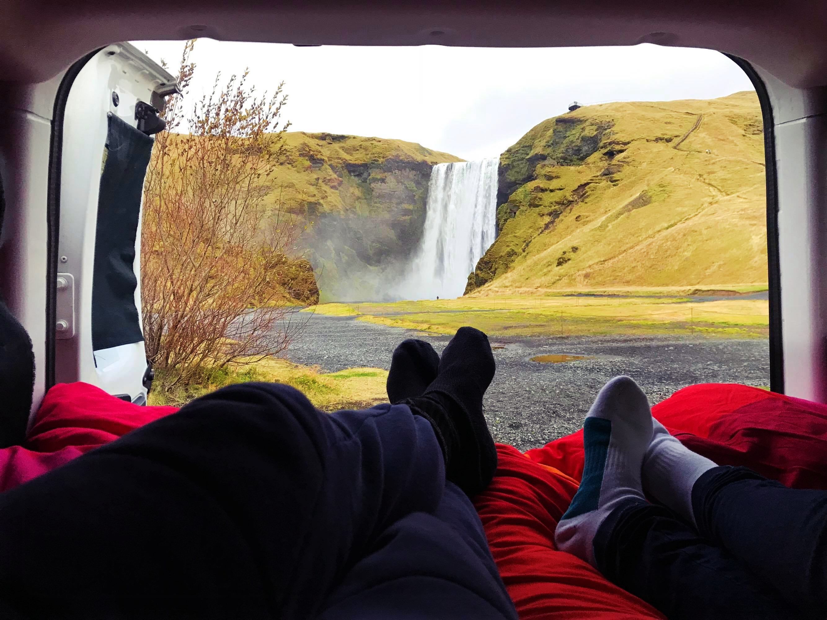 Como é fazer uma Road Trip pela Islândia numa Campervan?
